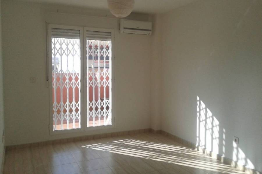 Alicante,Alicante,España,3 Bedrooms Bedrooms,2 BathroomsBathrooms,Atico,24186