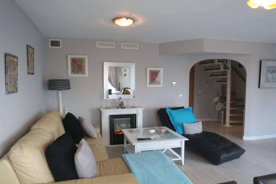 Alicante,Alicante,España,4 Bedrooms Bedrooms,2 BathroomsBathrooms,Atico,24187