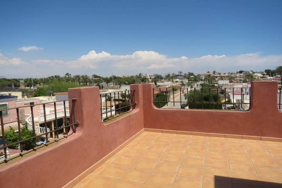 Elche,Alicante,España,5 Bedrooms Bedrooms,3 BathroomsBathrooms,Bungalow,24197
