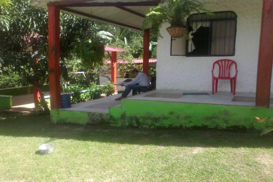 Tolima,Colombia,Campos,Villa del Bosque,Calle 143 cra 43,1,3203