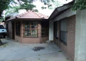 Buenos Aires,Argentina,1 BañoBaños,Casas,Arozarena,3204