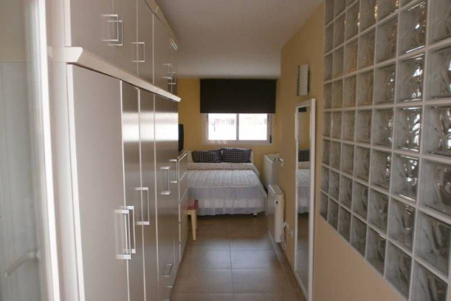 Villajoyosa,Alicante,España,3 Bedrooms Bedrooms,1 BañoBathrooms,Atico duplex,24251