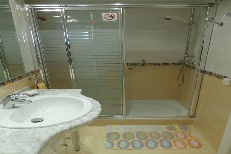 Benidorm,Alicante,España,2 Bedrooms Bedrooms,2 BathroomsBathrooms,Apartamentos,24295