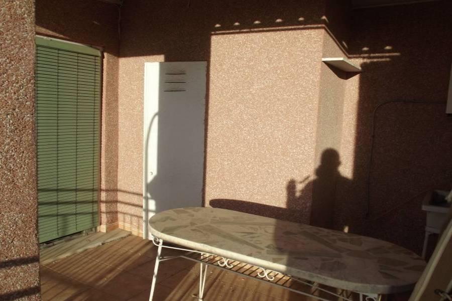 Elche,Alicante,España,3 Bedrooms Bedrooms,1 BañoBathrooms,Atico,24374