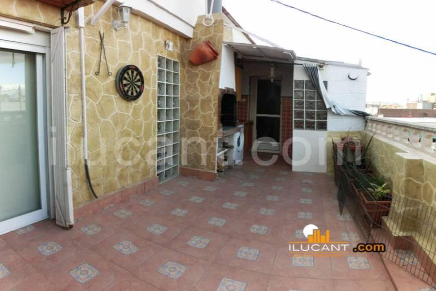 Alicante,Alicante,España,4 Bedrooms Bedrooms,2 BathroomsBathrooms,Atico,24381