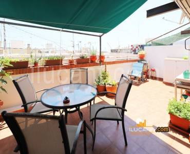 Alicante,Alicante,España,2 Bedrooms Bedrooms,1 BañoBathrooms,Atico,24390