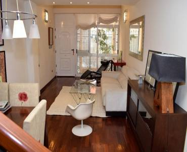 Elche,Alicante,España,4 Bedrooms Bedrooms,2 BathroomsBathrooms,Dúplex,24420
