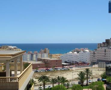 Alicante,Alicante,España,4 Bedrooms Bedrooms,2 BathroomsBathrooms,Atico,24442