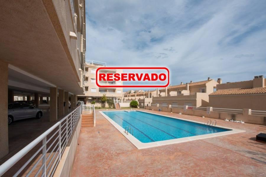 Santa Pola,Alicante,España,2 Bedrooms Bedrooms,1 BañoBathrooms,Apartamentos,24445