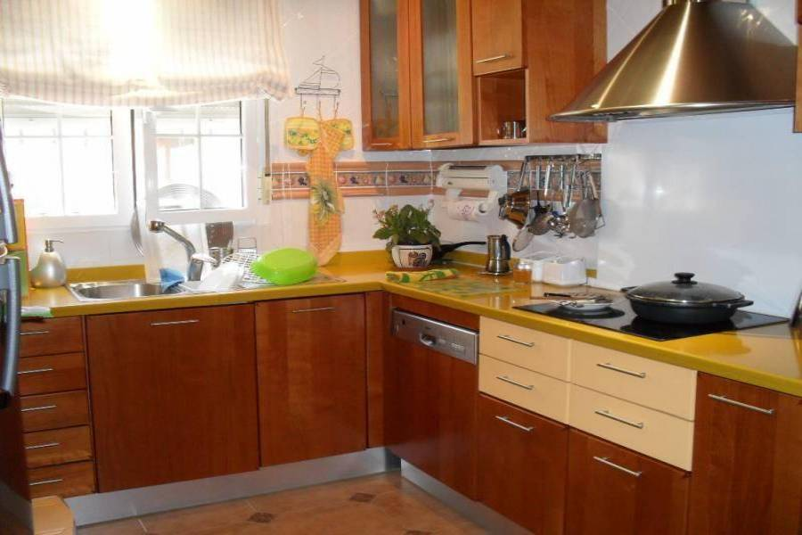 Sax,Alicante,España,4 Bedrooms Bedrooms,2 BathroomsBathrooms,Bungalow,24457
