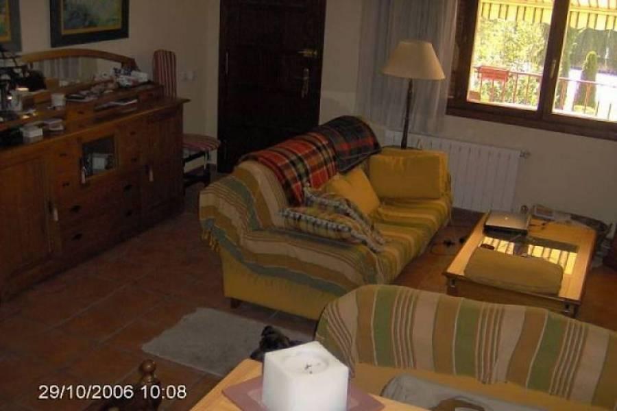Villena,Alicante,España,4 Bedrooms Bedrooms,2 BathroomsBathrooms,Adosada,24458
