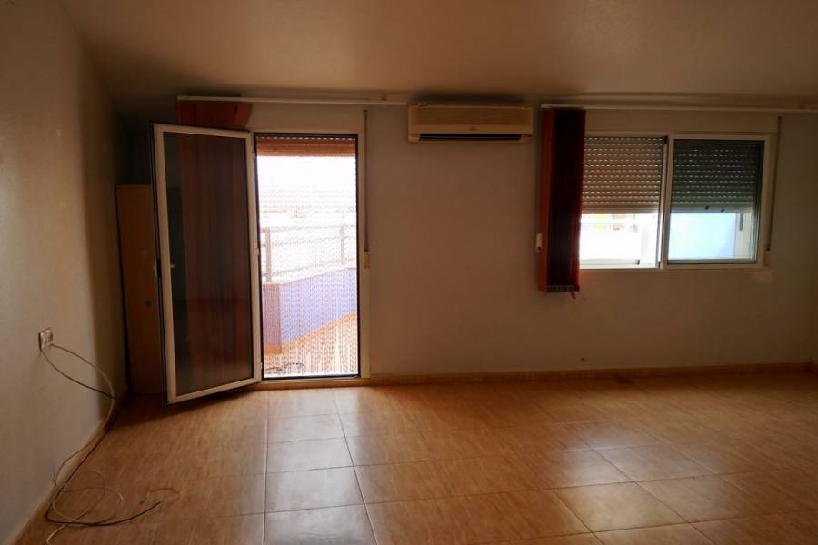 Villena,Alicante,España,3 Bedrooms Bedrooms,2 BathroomsBathrooms,Atico,24466