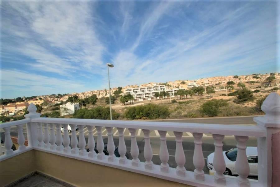 San Miguel de Salinas,Alicante,España,3 Bedrooms Bedrooms,2 BathroomsBathrooms,Adosada,24528