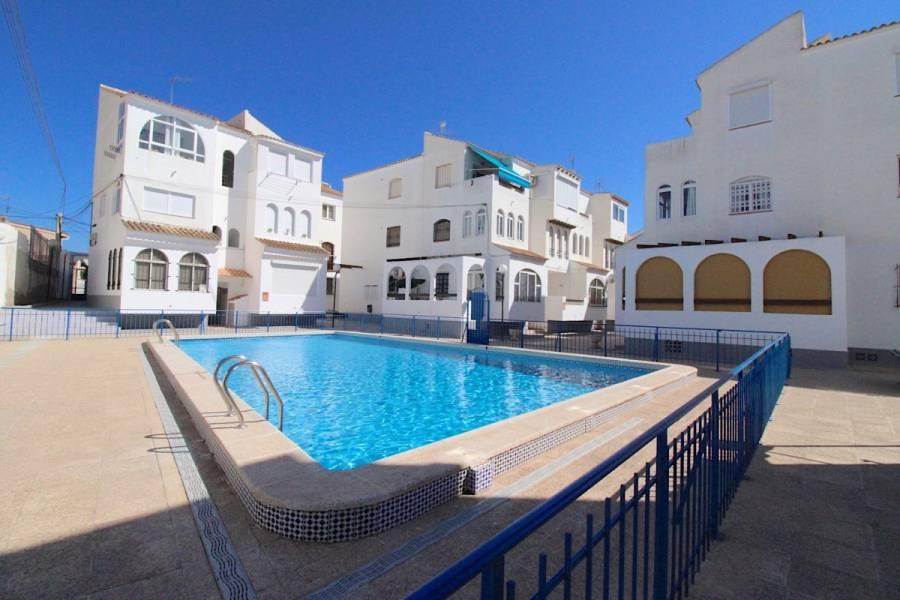 Torrevieja,Alicante,España,2 Bedrooms Bedrooms,1 BañoBathrooms,Apartamentos,24549