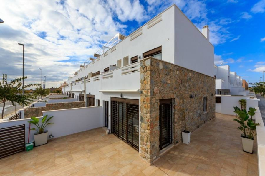 Torrevieja,Alicante,España,3 Bedrooms Bedrooms,2 BathroomsBathrooms,Adosada,24581