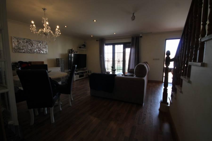 Benejúzar,Alicante,España,3 Bedrooms Bedrooms,2 BathroomsBathrooms,Bungalow,24588