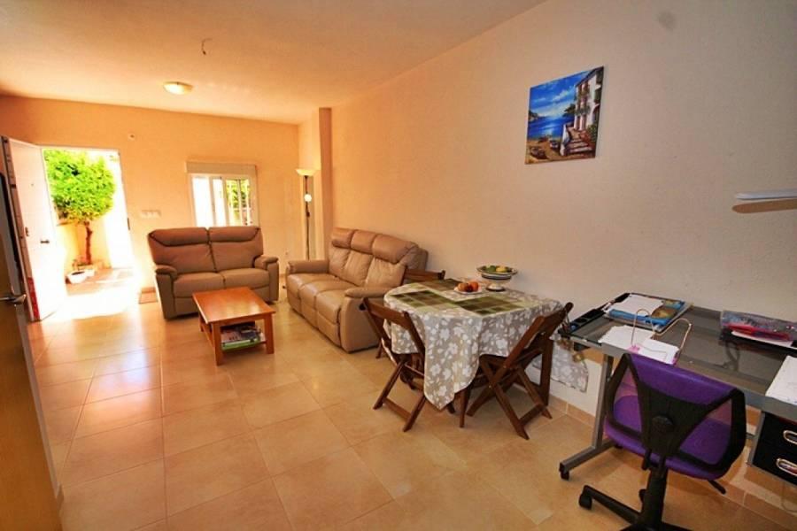 Torrevieja,Alicante,España,4 Bedrooms Bedrooms,1 BañoBathrooms,Adosada,24589