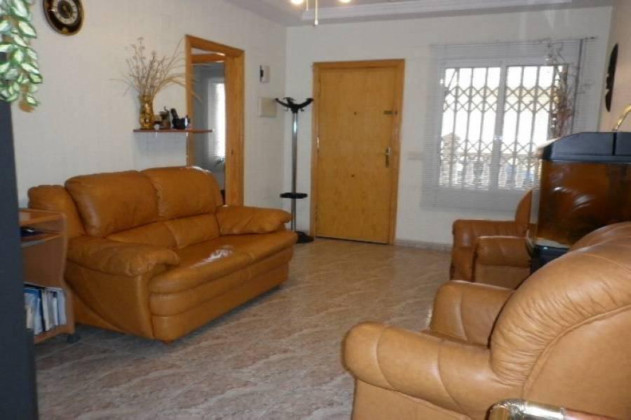 Torrevieja,Alicante,España,3 Bedrooms Bedrooms,2 BathroomsBathrooms,Planta baja,24592