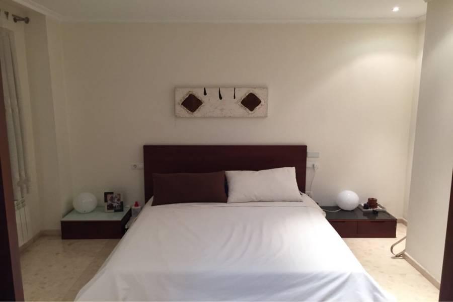 Elche,Alicante,España,3 Bedrooms Bedrooms,2 BathroomsBathrooms,Atico,24602