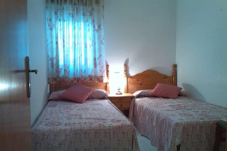 Torrevieja,Alicante,España,2 Bedrooms Bedrooms,1 BañoBathrooms,Apartamentos,24621