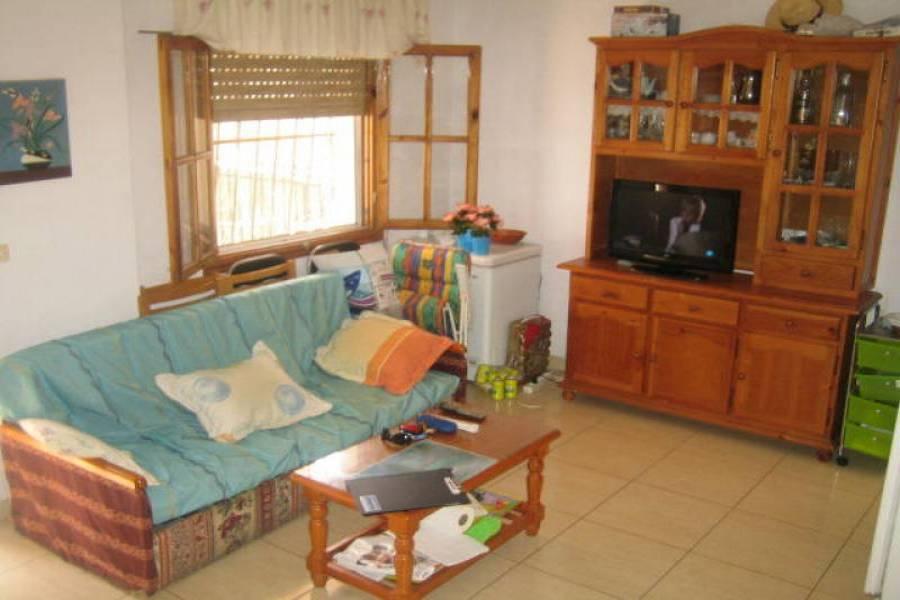 Santa Pola,Alicante,España,3 Bedrooms Bedrooms,2 BathroomsBathrooms,Bungalow,24627
