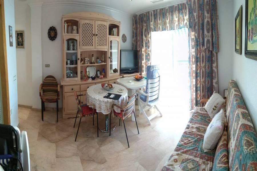 Santa Pola,Alicante,España,2 Bedrooms Bedrooms,1 BañoBathrooms,Apartamentos,24637