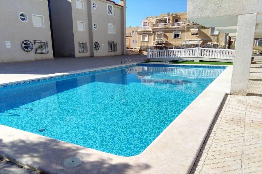 Santa Pola,Alicante,España,2 Bedrooms Bedrooms,1 BañoBathrooms,Apartamentos,24653