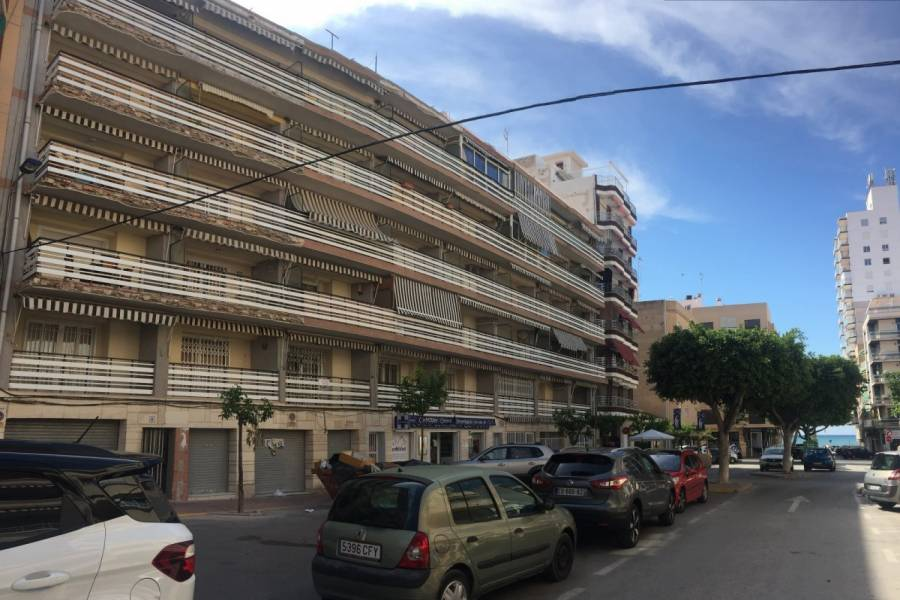 Santa Pola,Alicante,España,3 Bedrooms Bedrooms,1 BañoBathrooms,Apartamentos,24656