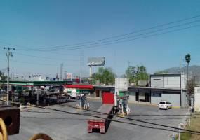 Monterrey,Nuevo León,México,2 BañosBaños,Bodegas,3240