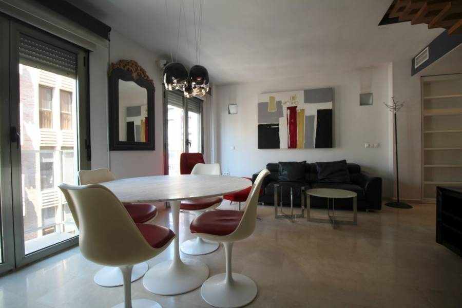 Alicante,Alicante,España,4 Bedrooms Bedrooms,3 BathroomsBathrooms,Atico,24689