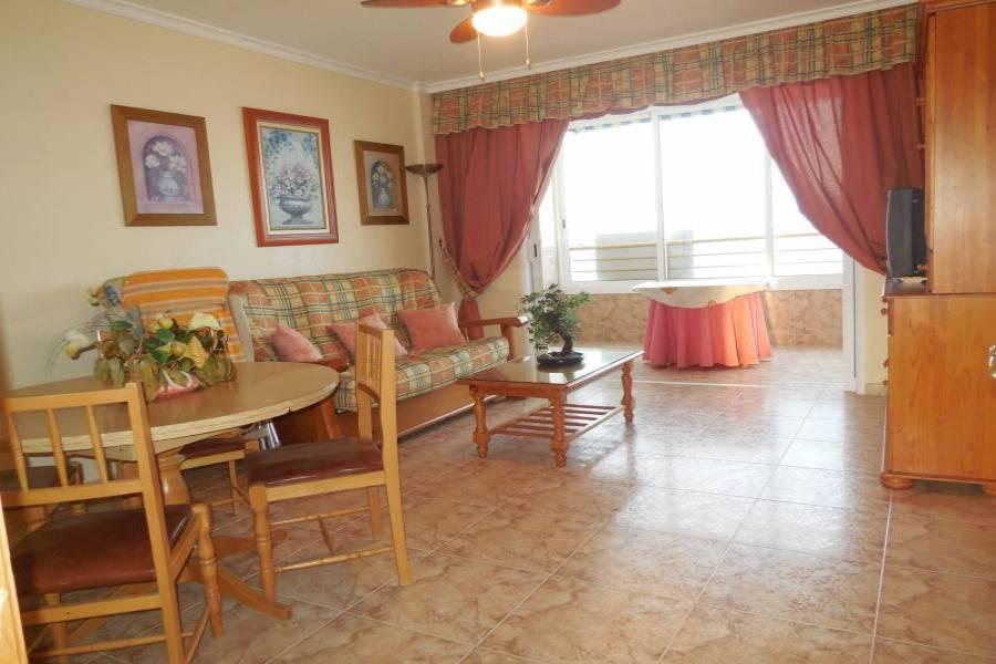 Alicante,Alicante,España,2 Bedrooms Bedrooms,1 BañoBathrooms,Apartamentos,24690