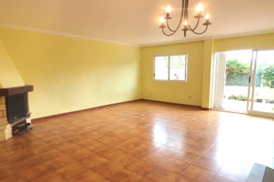 el Campello,Alicante,España,5 Bedrooms Bedrooms,2 BathroomsBathrooms,Adosada,24701