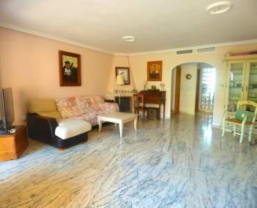 Alicante,Alicante,España,4 Bedrooms Bedrooms,2 BathroomsBathrooms,Adosada,24702