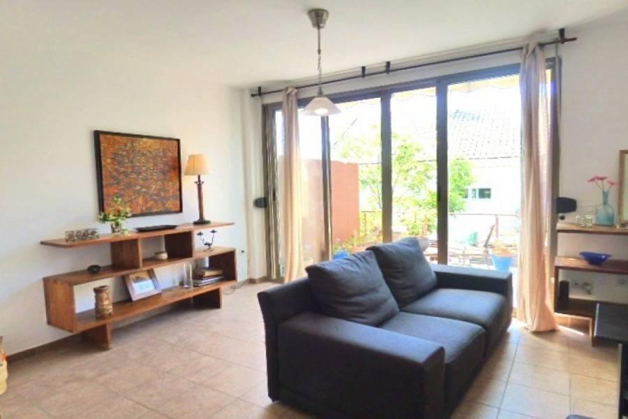 Alicante,Alicante,España,5 Bedrooms Bedrooms,1 BañoBathrooms,Adosada,24708