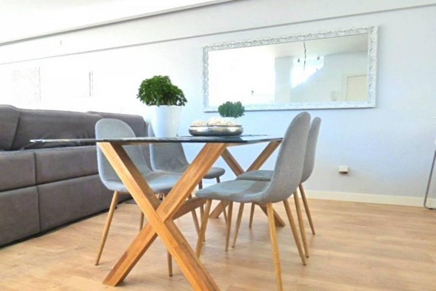 Alicante,Alicante,España,5 Bedrooms Bedrooms,2 BathroomsBathrooms,Bungalow,24709