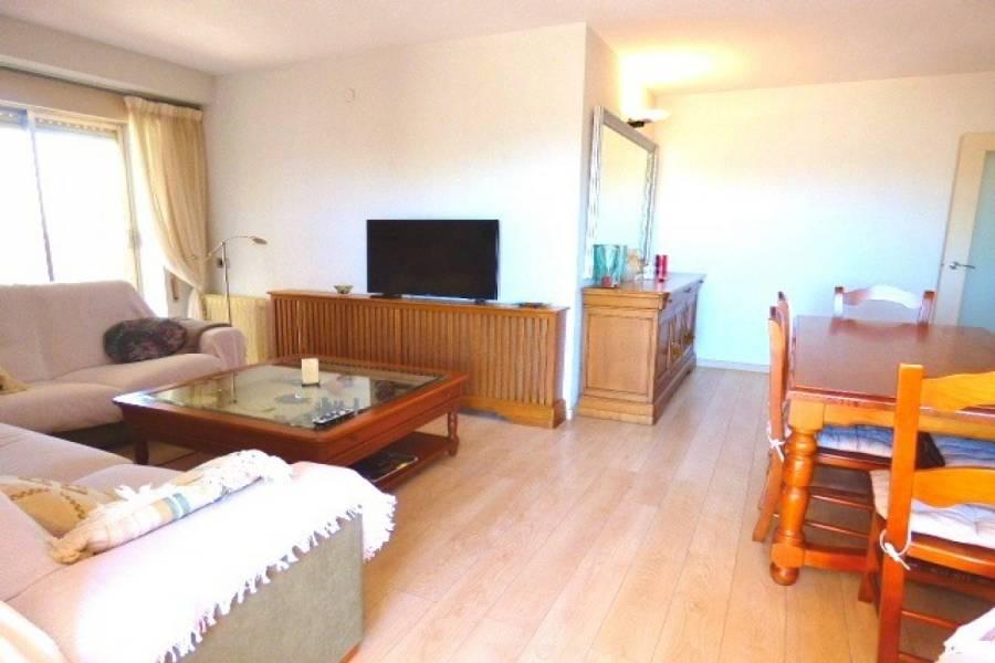Alicante,Alicante,España,3 Bedrooms Bedrooms,2 BathroomsBathrooms,Apartamentos,24710