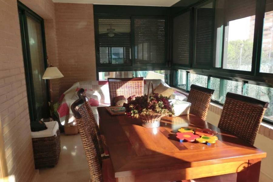 Villajoyosa,Alicante,España,1 Dormitorio Bedrooms,2 BathroomsBathrooms,Planta baja,24711