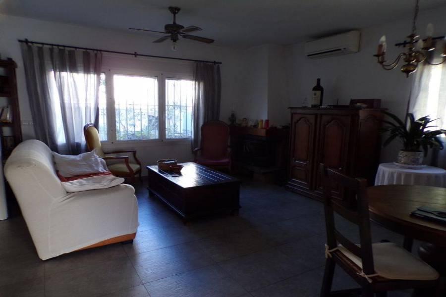 Benidorm,Alicante,España,3 Bedrooms Bedrooms,2 BathroomsBathrooms,Bungalow,24729