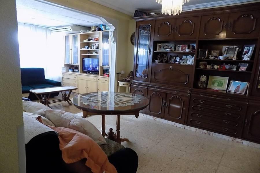 Benidorm,Alicante,España,3 Bedrooms Bedrooms,1 BañoBathrooms,Atico,24747