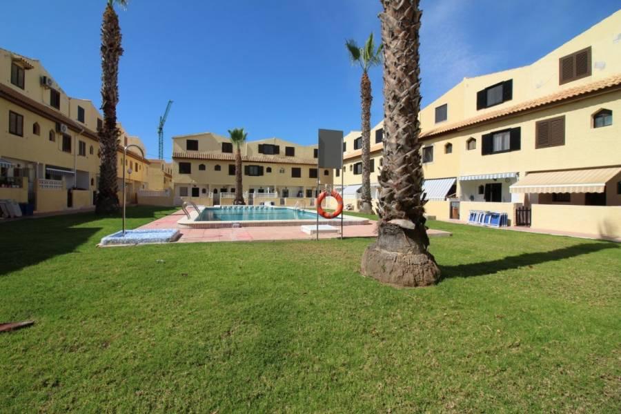 Torrevieja,Alicante,España,3 Bedrooms Bedrooms,1 BañoBathrooms,Dúplex,24757