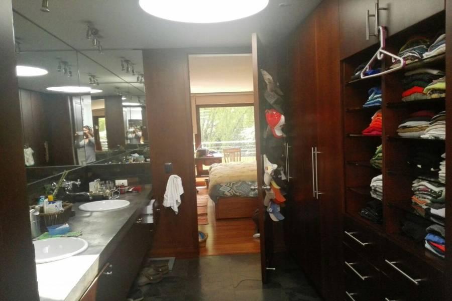 Bogotá D.C,Cundinamarca,Colombia,5 Habitaciones Habitaciones,6 BañosBaños,Casas,cra 75 # 181 - 80 ,2,3250