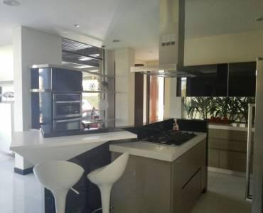 Cundinamarca,Colombia,5 Habitaciones Habitaciones,6 BañosBaños,Casas,222 con autopista norte ,2,3252