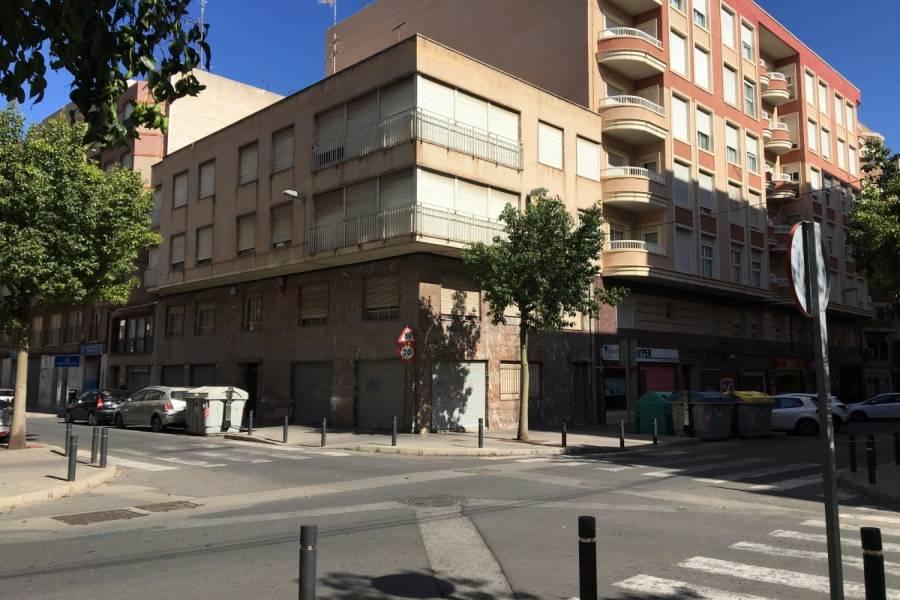 Elche,Alicante,España,6 Bedrooms Bedrooms,3 BathroomsBathrooms,Edificio,24804