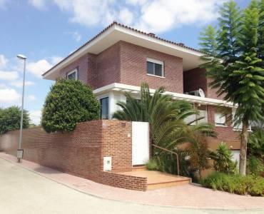 Mutxamel,Alicante,España,4 Bedrooms Bedrooms,2 BathroomsBathrooms,Bungalow,24814