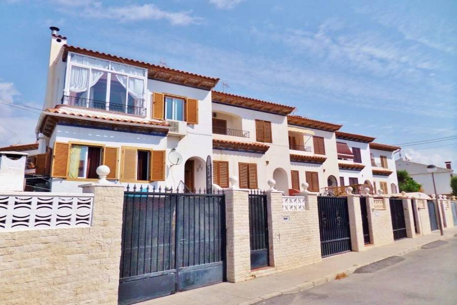 San Juan,Alicante,España,4 Bedrooms Bedrooms,3 BathroomsBathrooms,Adosada,24817