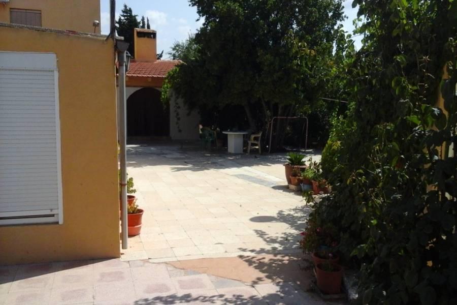 Castalla,Alicante,España,4 Bedrooms Bedrooms,2 BathroomsBathrooms,Casas,24826