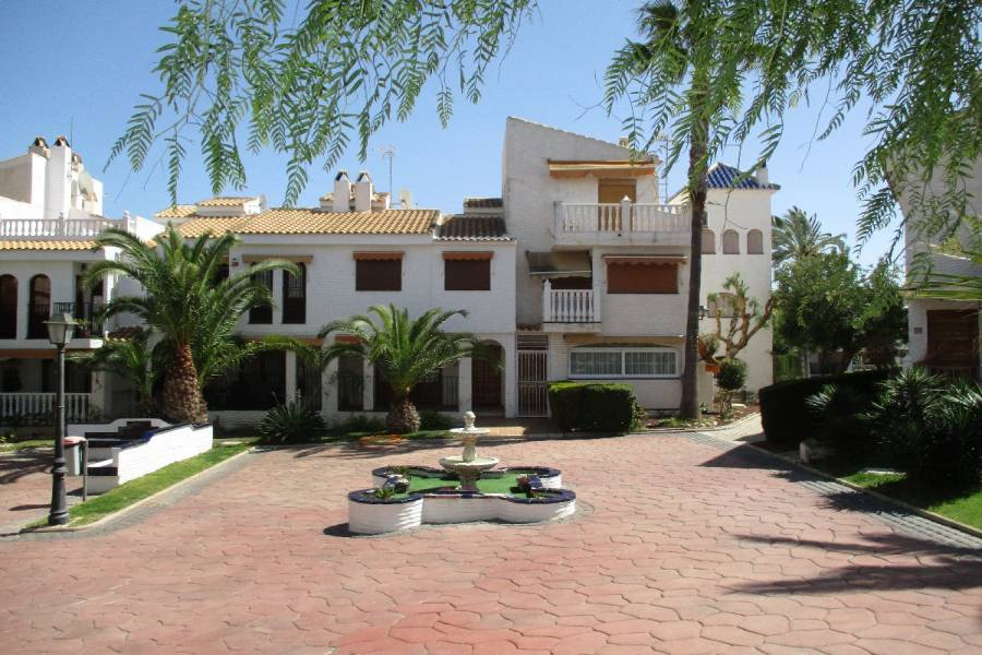 Gran alacant,Alicante,España,3 Bedrooms Bedrooms,1 BañoBathrooms,Bungalow,24837