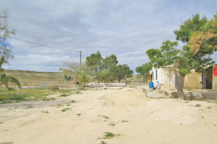 Alicante,Alicante,España,3 Bedrooms Bedrooms,1 BañoBathrooms,Casas,24840