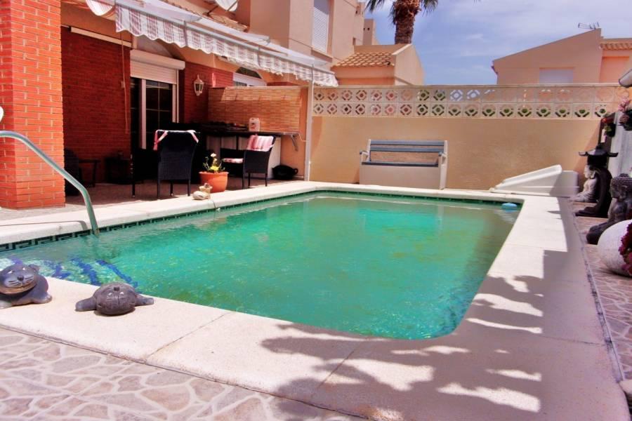el Campello,Alicante,España,5 Bedrooms Bedrooms,2 BathroomsBathrooms,Bungalow,24853