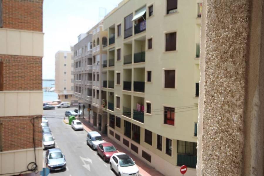 Torrevieja,Alicante,España,3 Bedrooms Bedrooms,1 BañoBathrooms,Apartamentos,24881